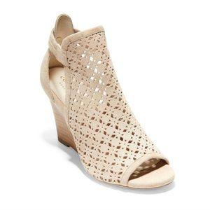 NWT in box! Cole Haan Edie Wedge Sandals Cream 7.5
